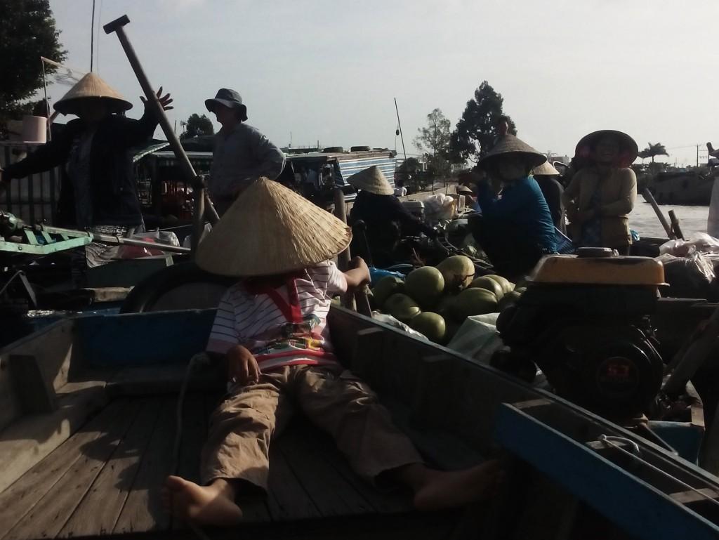 Mekong_Delta_Fisheries_Boat_Coconuts_Photo_By_Lisa_van_ Mekong_Delta_Vietnamese_Food_Photo_By_Lisa_van_Wageningen